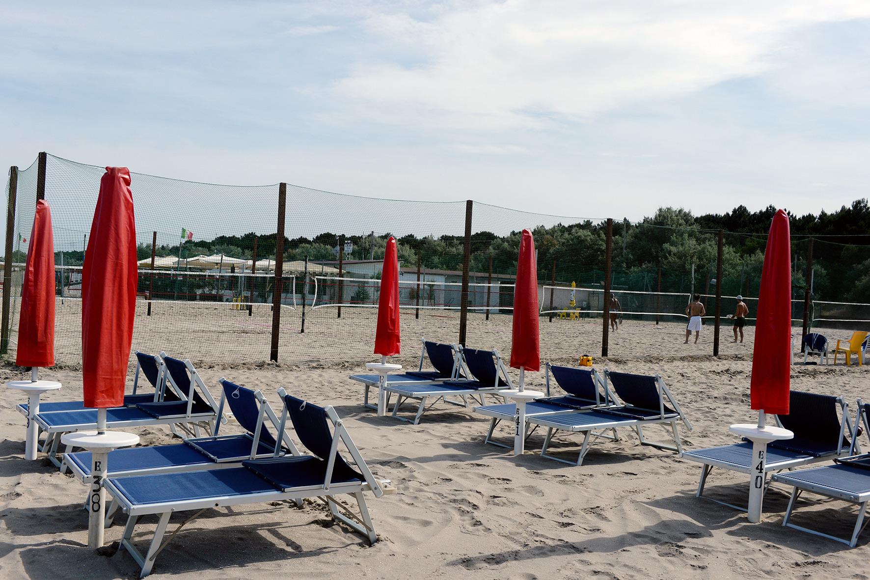 Bagno Wave Punta Marina Terme Green Beach