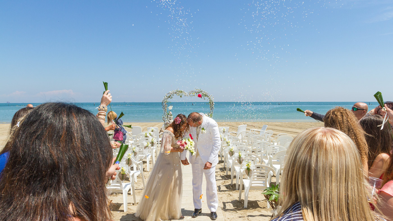 Wedding Wave